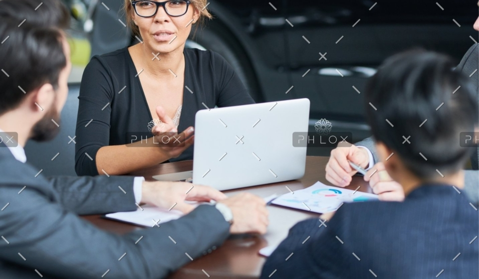 demo-attachment-1232-working-meeting-of-car-dealers-SYZR3GH